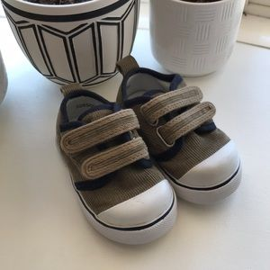 Baby Gap Infant Velcro Corduroy Shoes - Size 4